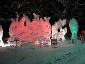 夜の氷像の写真