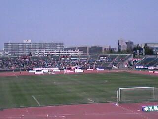 札幌厚別公園競技場にて